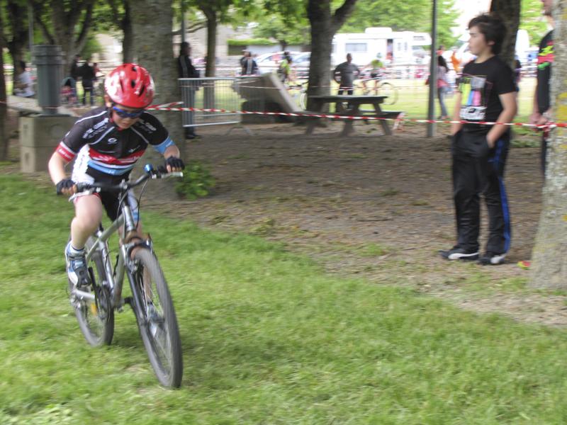 2014-05-24-championnat-de-bourgogne-etang-sur-arroux-cyclocross