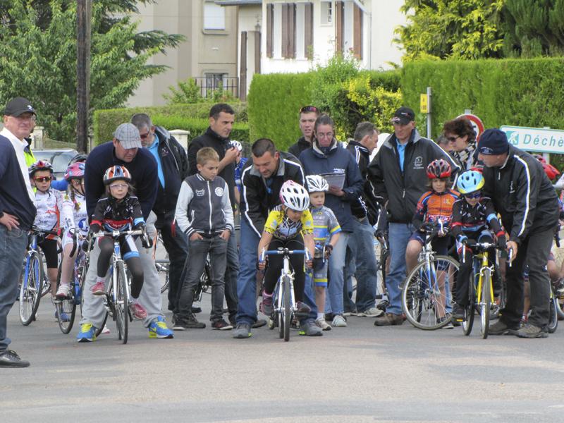 2014-05-24-championnat-de-bourgogne-etang-sur-arroux-sprint-poussins