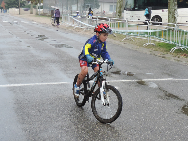cyclo-cross-pierre-de-bresse-poussins-2