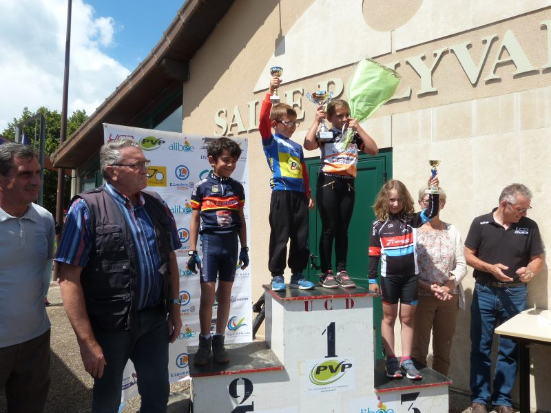 podium poussins