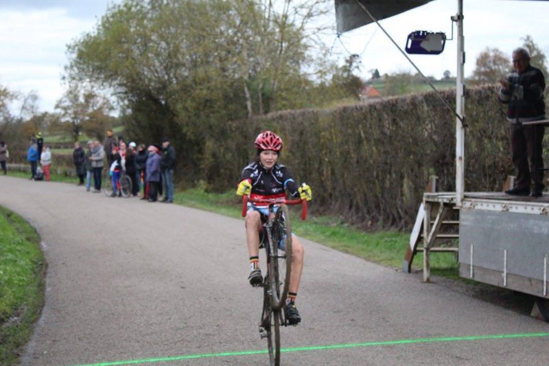 2016-11-11-cyclo-cross-st-julien-de-civry-10