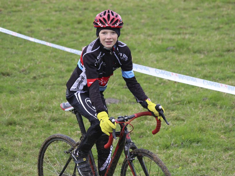 2016-11-11-cyclo-cross-st-julien-de-civry-3