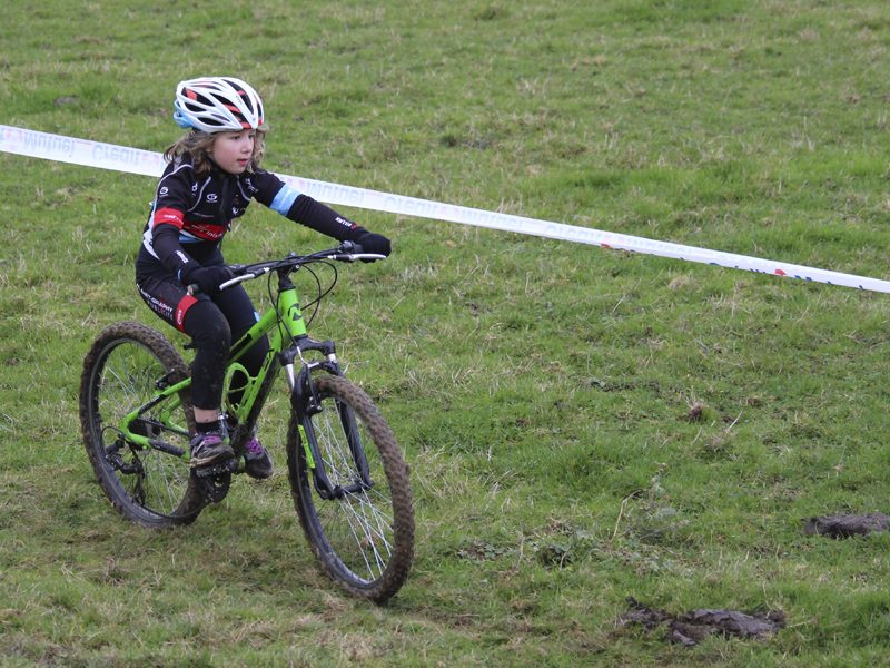 2016-11-11-cyclo-cross-st-julien-de-civry-4
