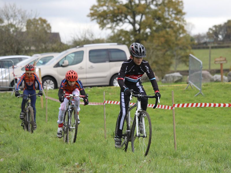 2016-11-11-cyclo-cross-st-julien-de-civry-5