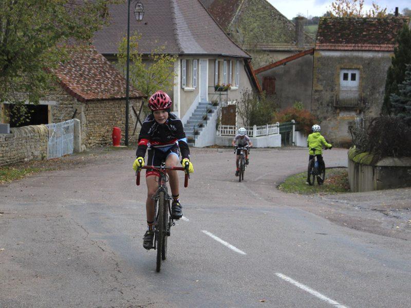 2016-11-11-cyclo-cross-st-julien-de-civry-7