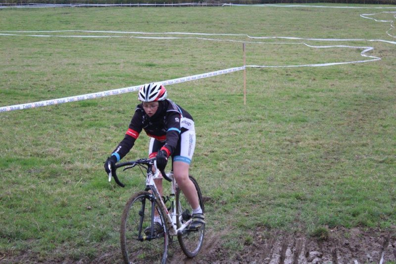 2016-11-11-cyclo-cross-st-julien-de-civry-8